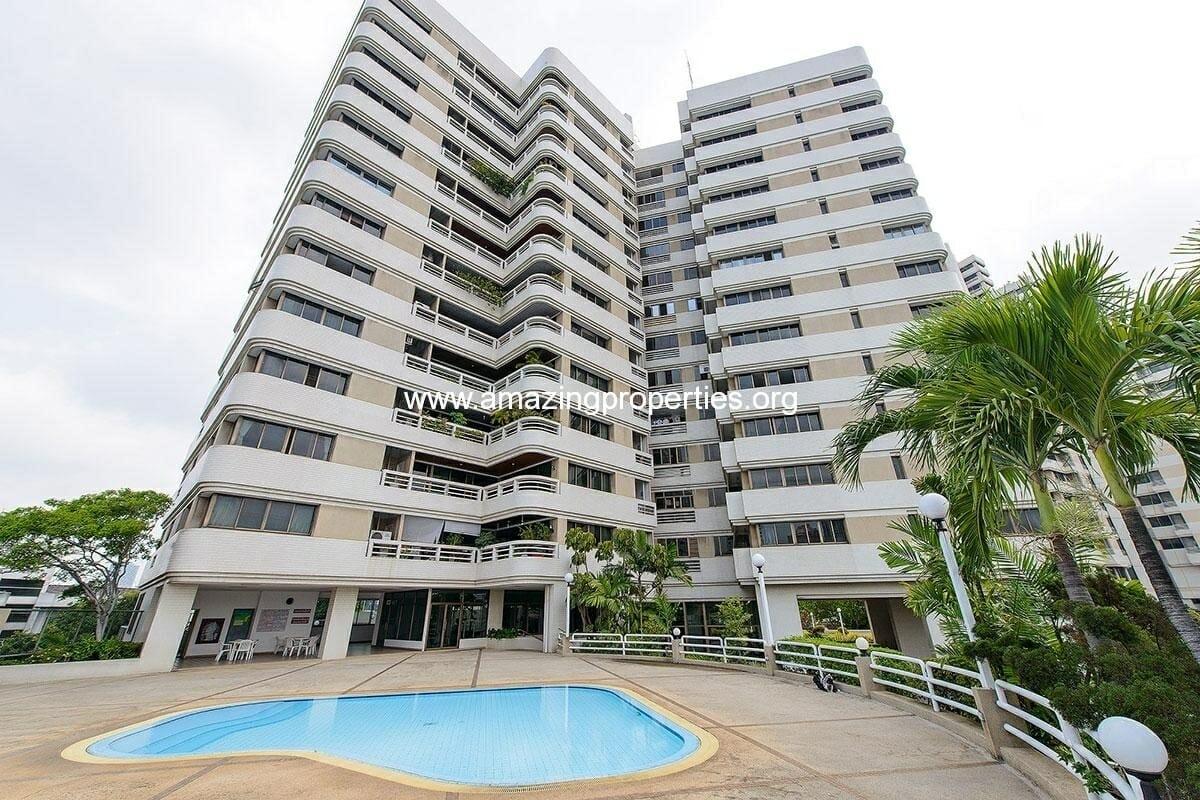 Promsuk Condominium
