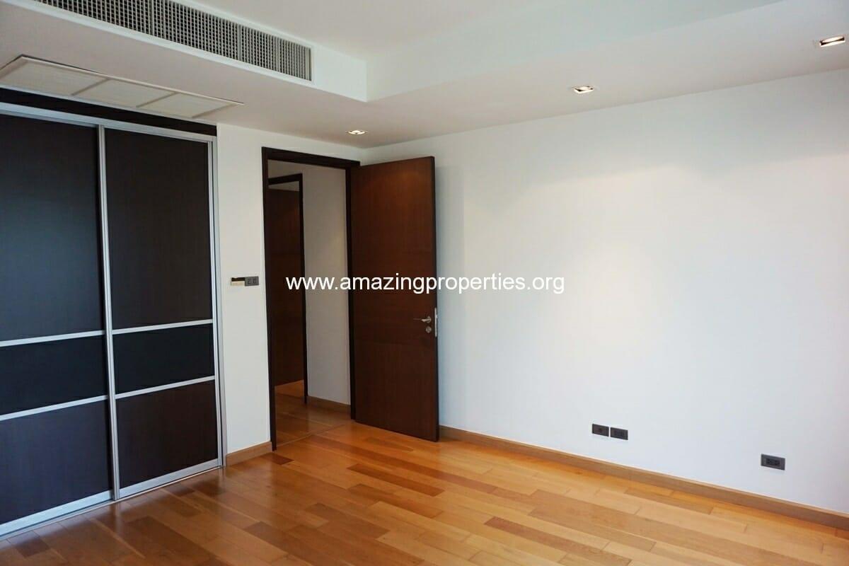 4 bedroom condo Belgravia Residence-14