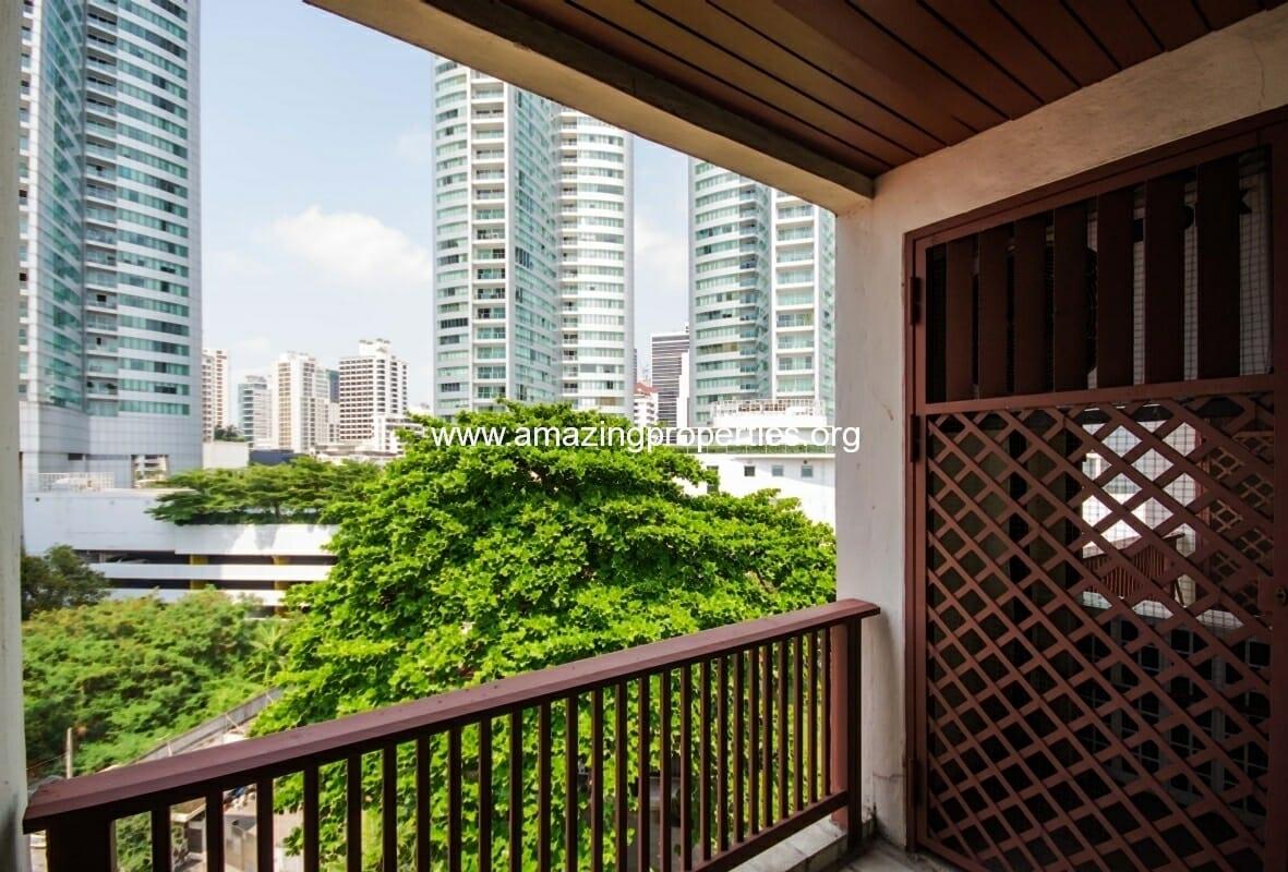 GardenGrove Suites 2 Bedroom Apartment Asoke-12