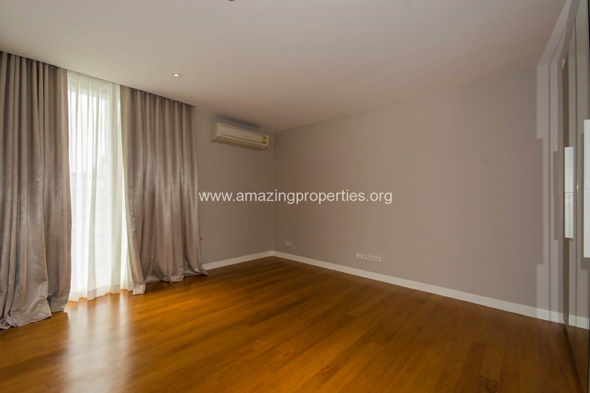 La Citta Penthouse 3 Bedroom Condo-8