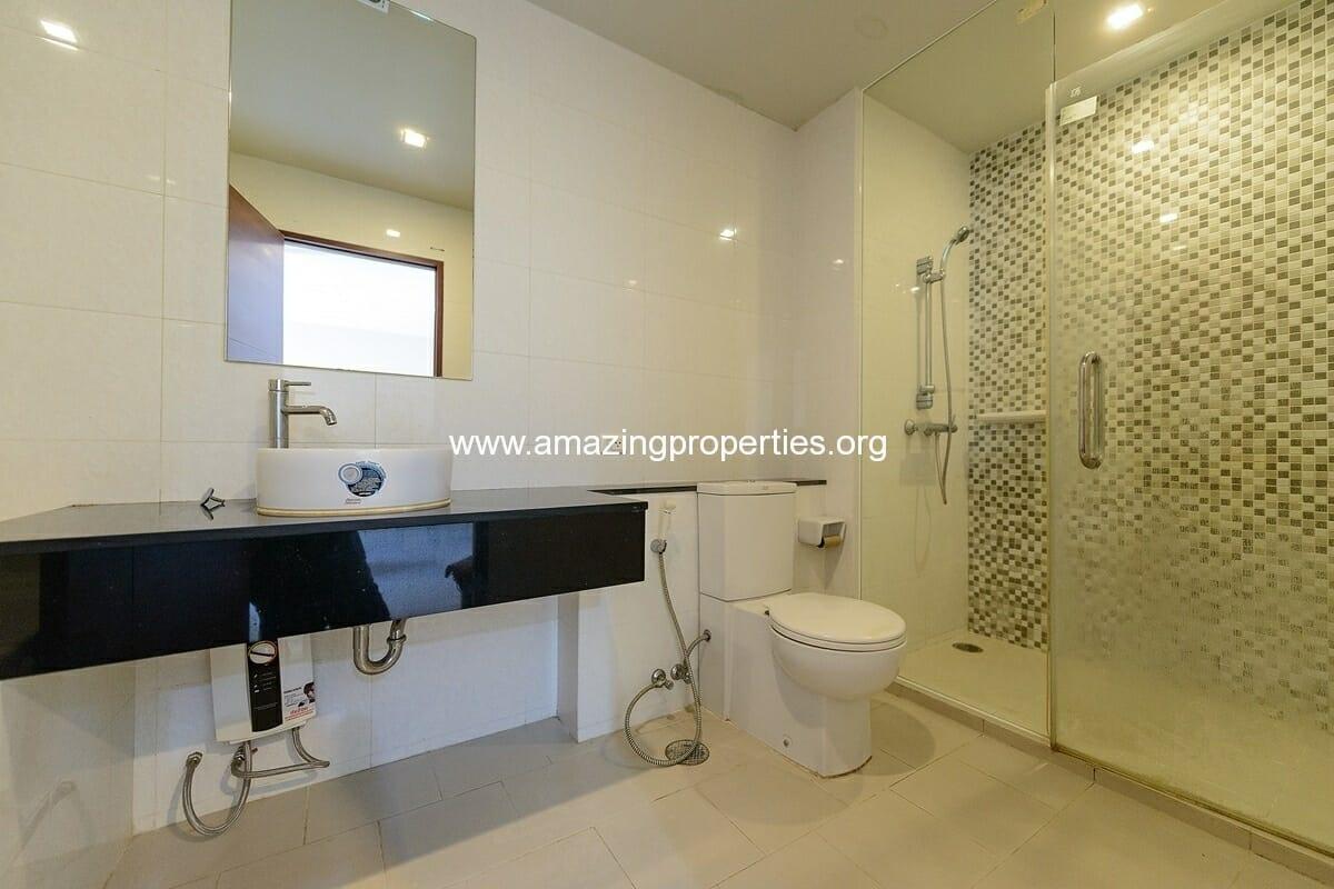 Sukhumvit city Resort 1 bedroom for Rent Nana-8