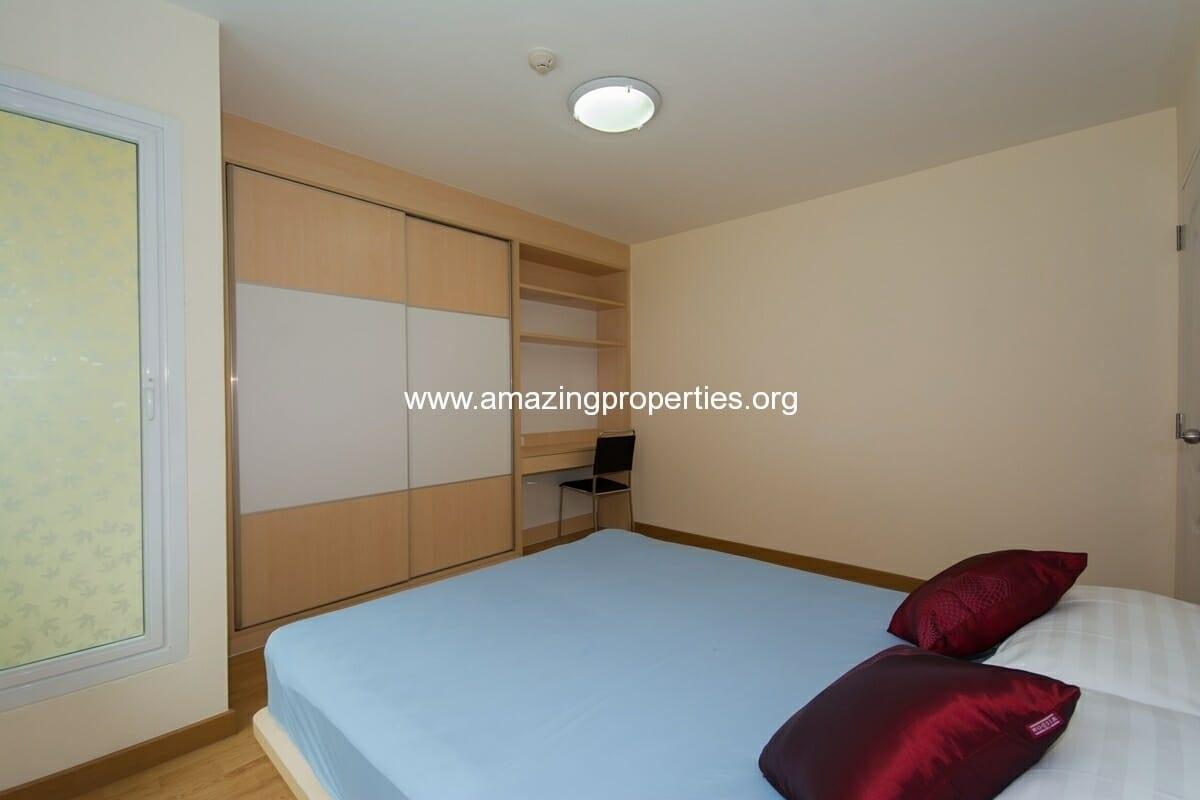 charming-resident-2-bedroom-apartment-ekkamai-6
