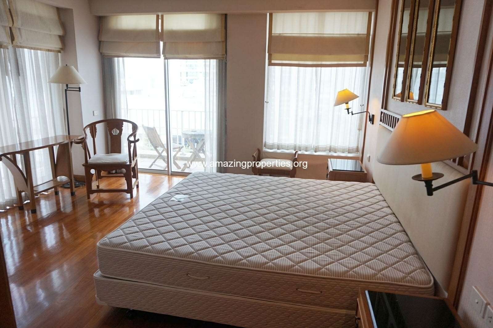 2 bedroom condo Langsuan Ville-14