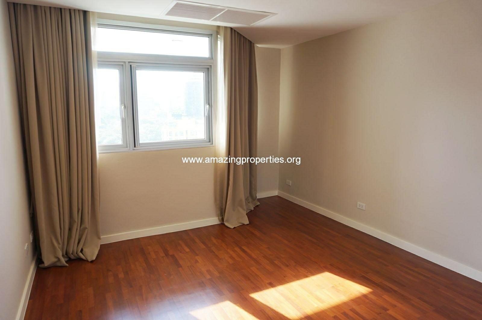 4 bedroom La Cascade