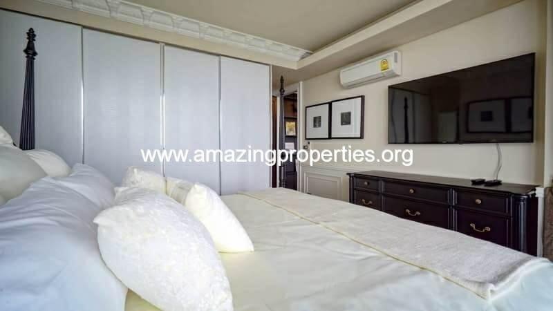 Penthouse The Lumpini 24