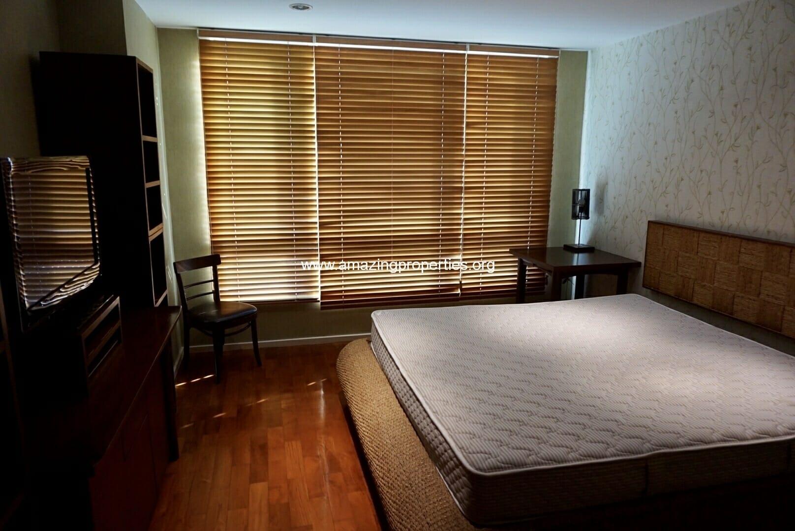 1 bedroom Siri on 8-11