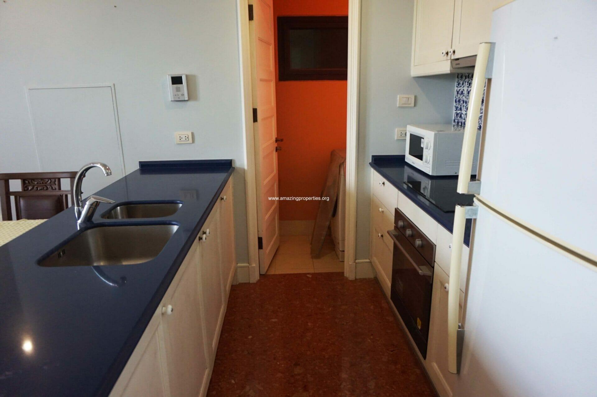 2 Bedroom Condo Aguston Sukhumvit 22-8