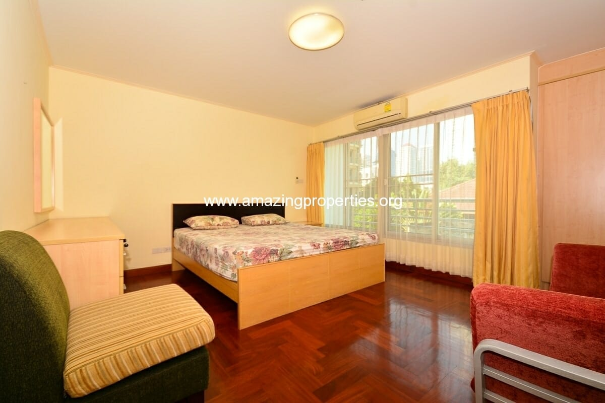 2 bedroom Charming Resident Asoke-8