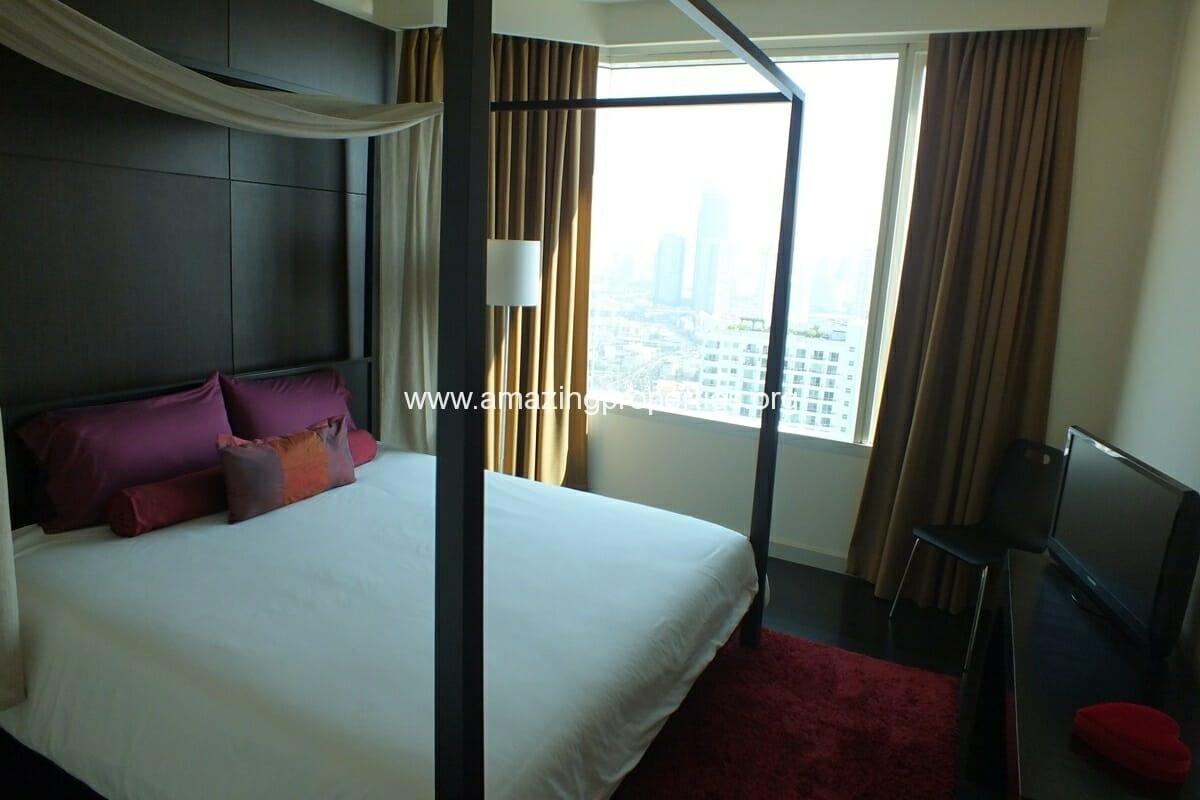 bedroom condo at watermark chaophraya river amazing properties