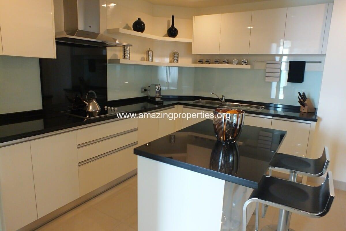 4 bedroom Watermark Condominium-32