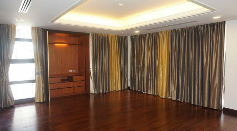 Raveevan Suites