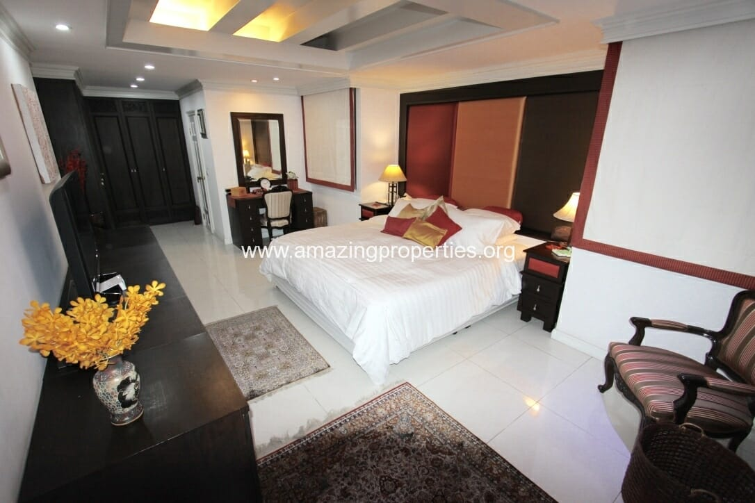 2 Bedroom Newton Tower-3