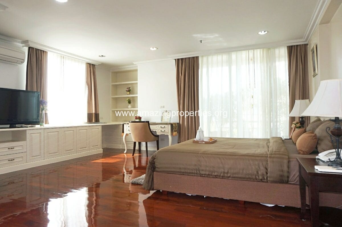 4 Bedroom Penthouse Piyathip-19
