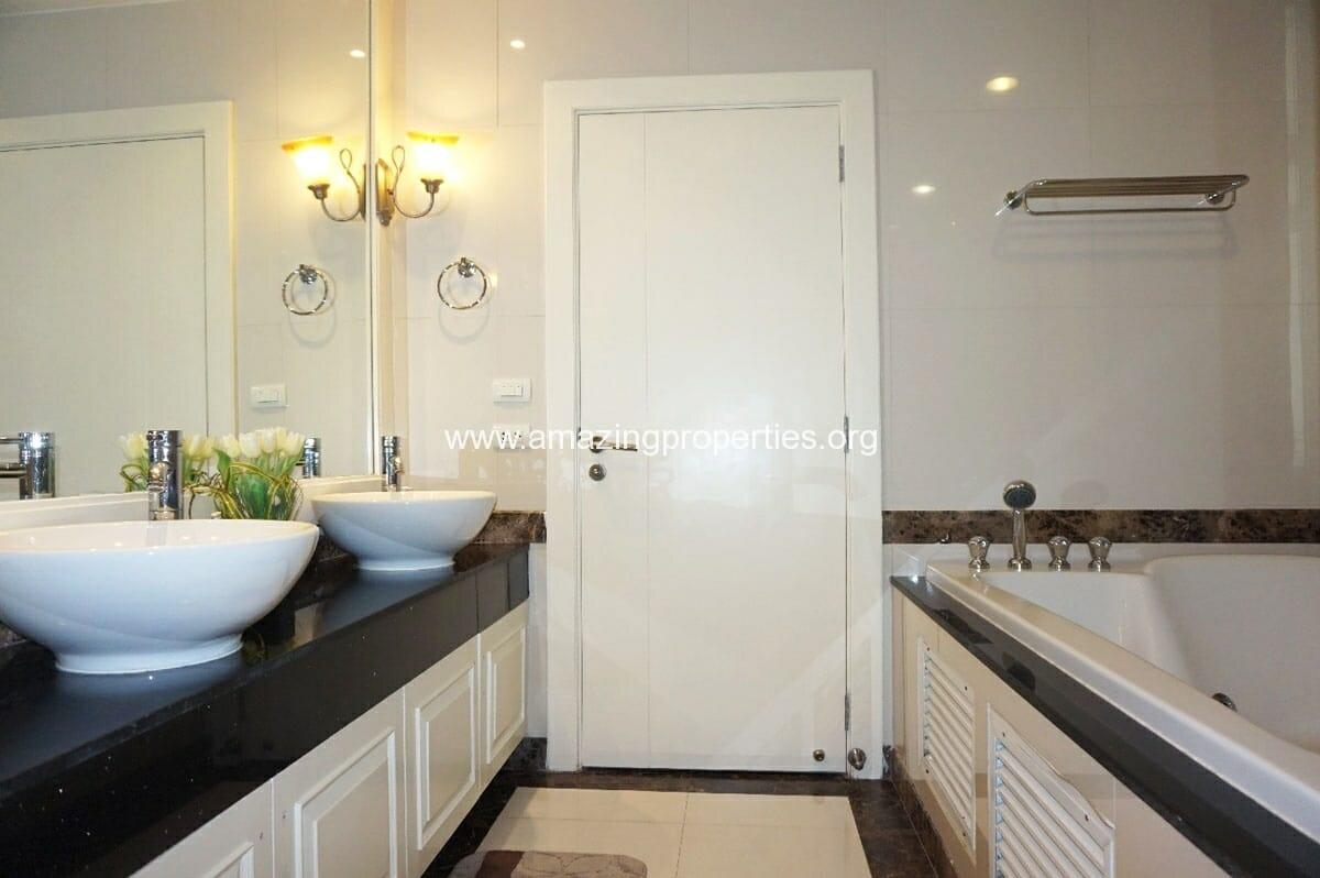 4 Bedroom Penthouse Piyathip-21