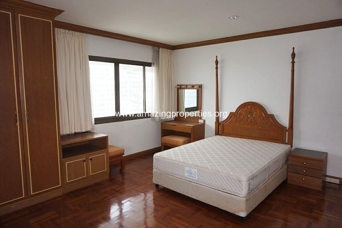 4 bedroom Tower Park-14