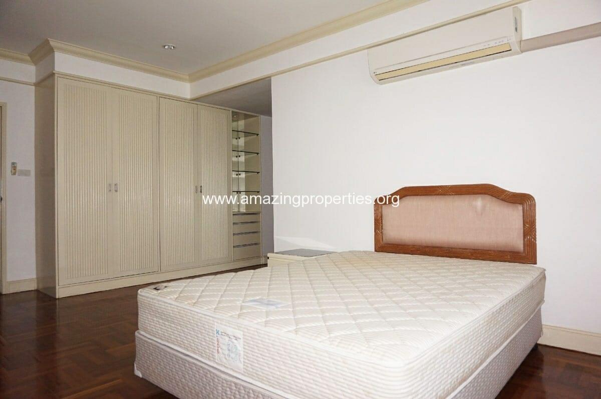 4 bedroom Tower Park-15