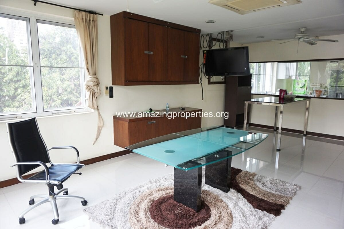 Ekkamai 4 Bedroom House