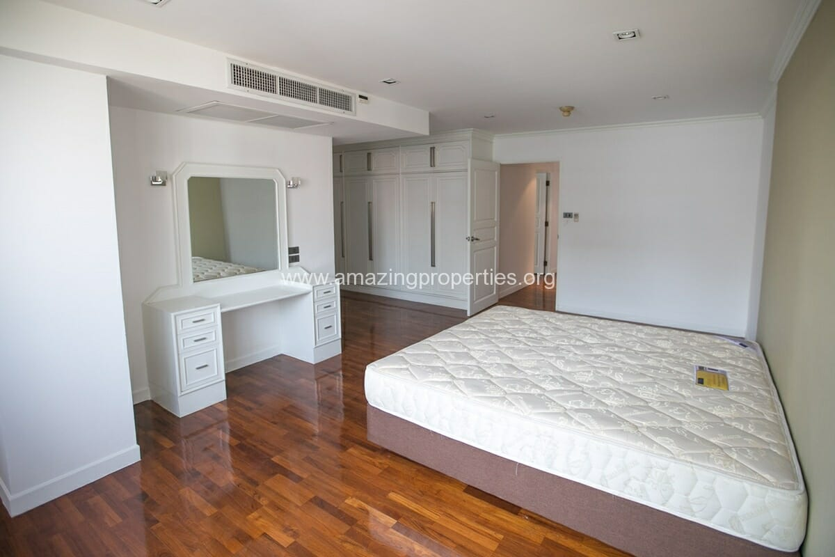 4 Bedroom Apartment Bangkapi Mansion-5