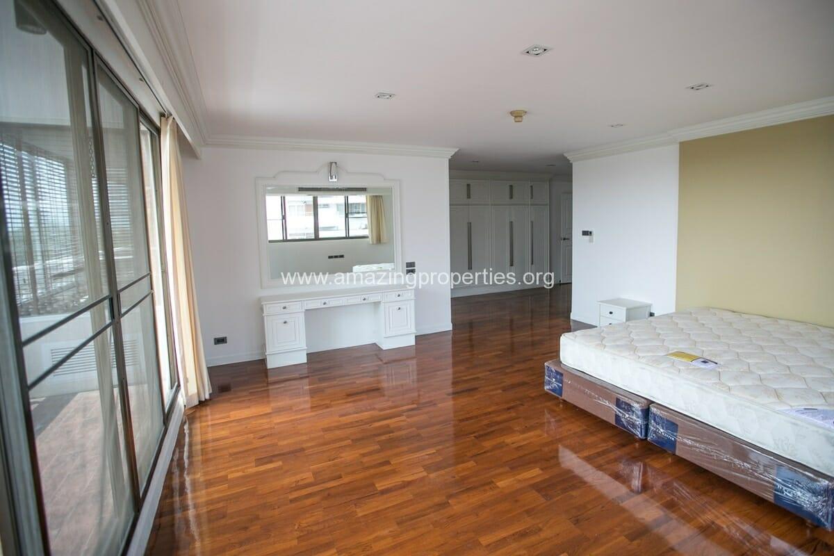 4 Bedroom Apartment Bangkapi Mansion-6