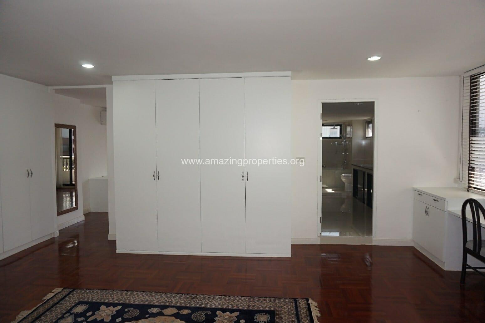 4 Bedroom Grand Ville House 2-10