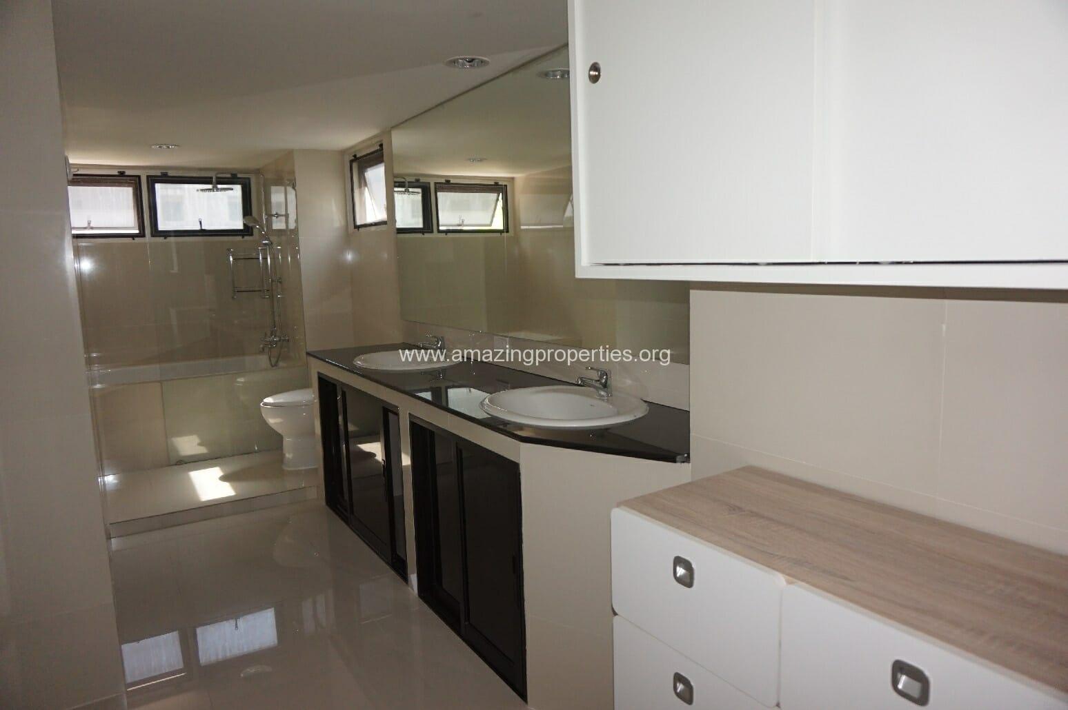 4 Bedroom Grand Ville House 2-14