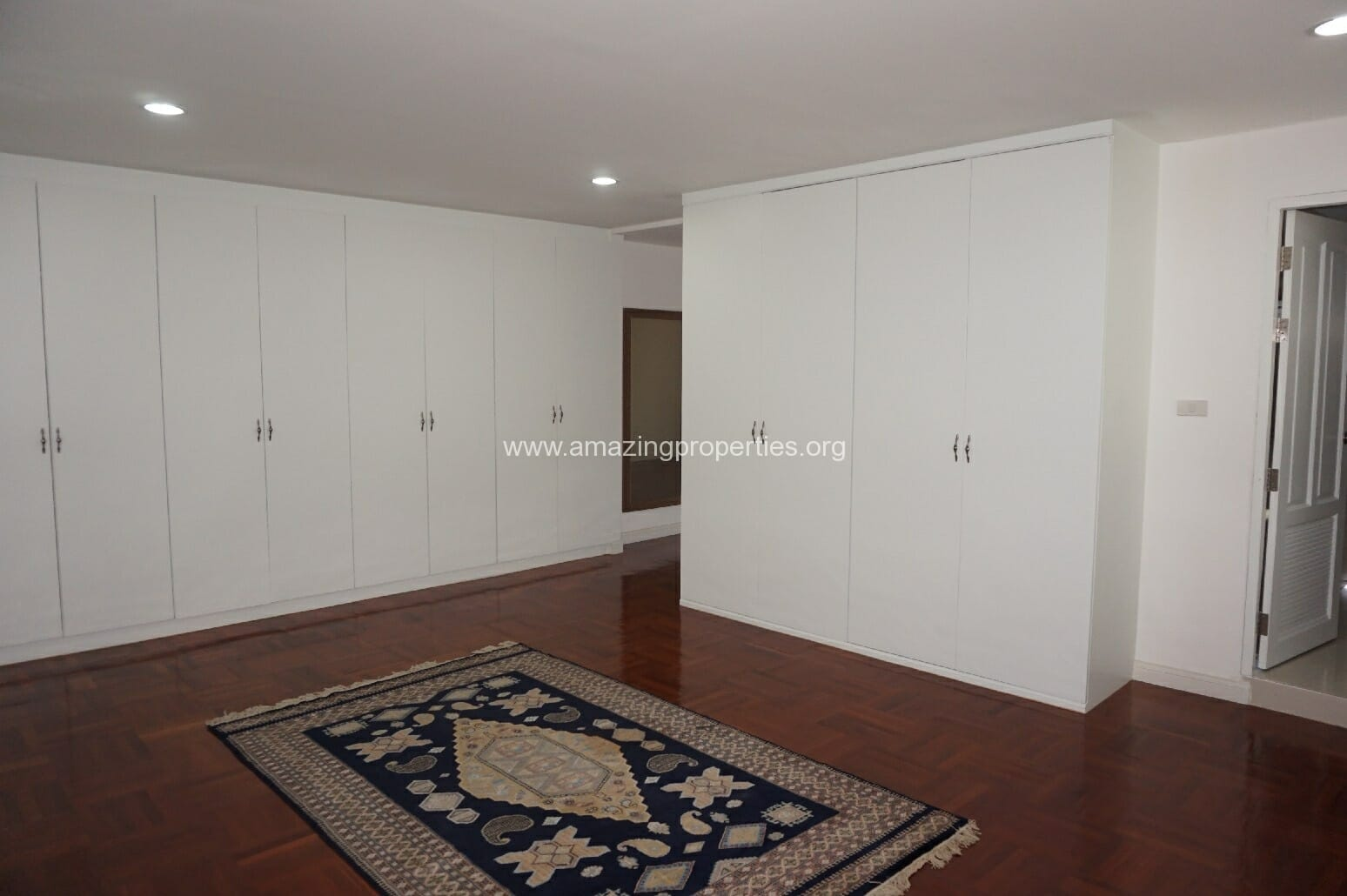 4 Bedroom Grand Ville House 2-15