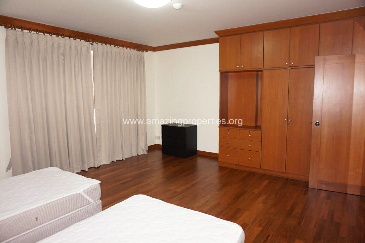 4 bedroom Villa Fourteen-10
