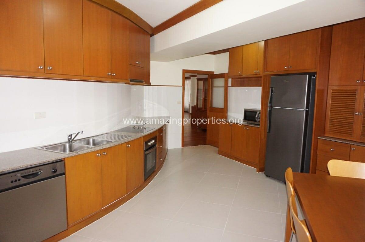4 bedroom Villa Fourteen-5