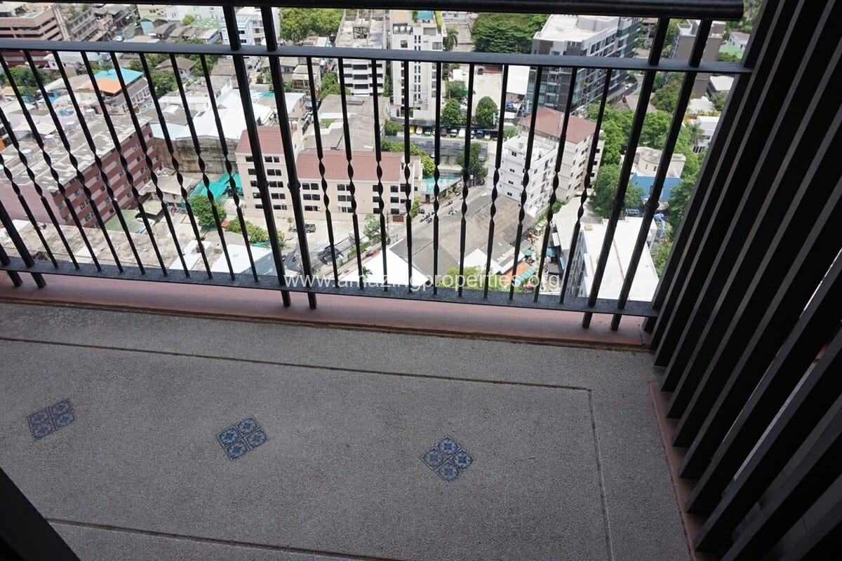 1 Bedroom Aguston Condominium-2
