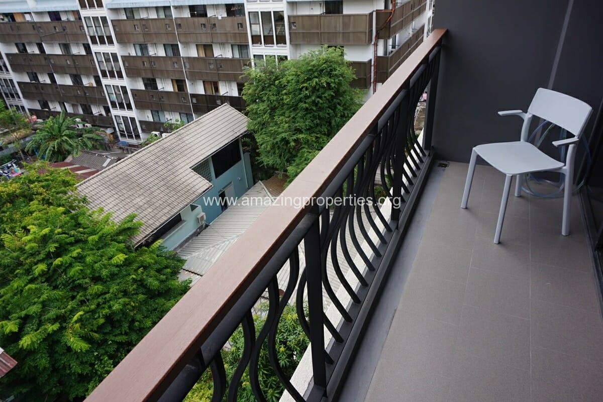 2 Bedroom Klass Condo Langsuan-5