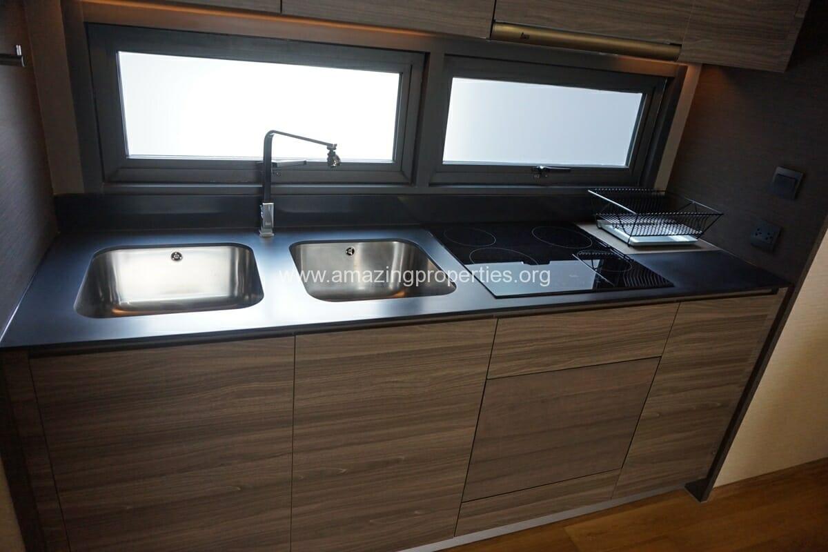 2 Bedroom Klass Condo Langsuan-9