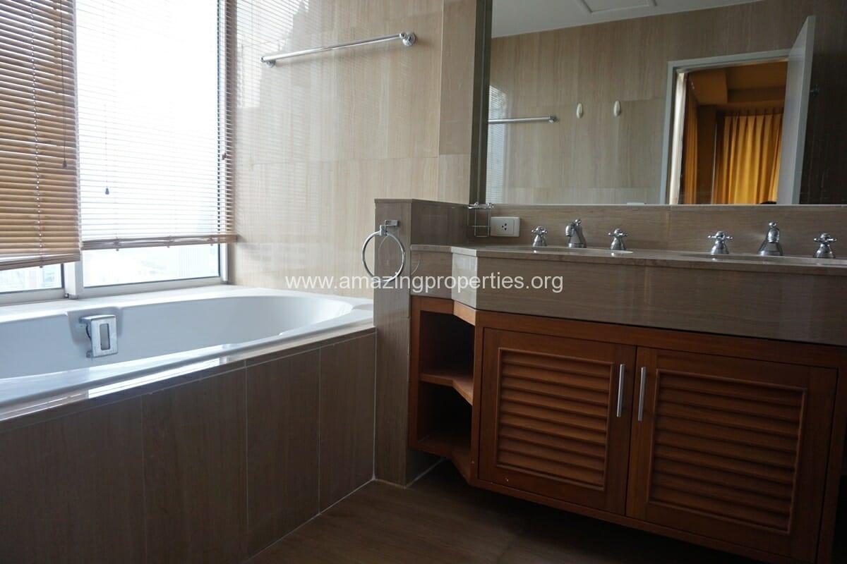 2 Bedroom Langsuan Ville-15
