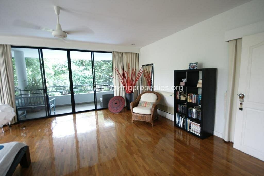 Ekkamai 4 Bedroom House for Rent