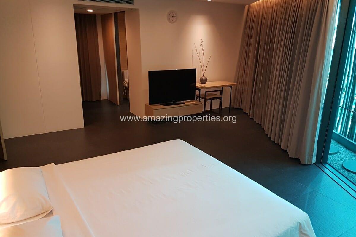 2 Bedroom Apartment Ekkamai-10