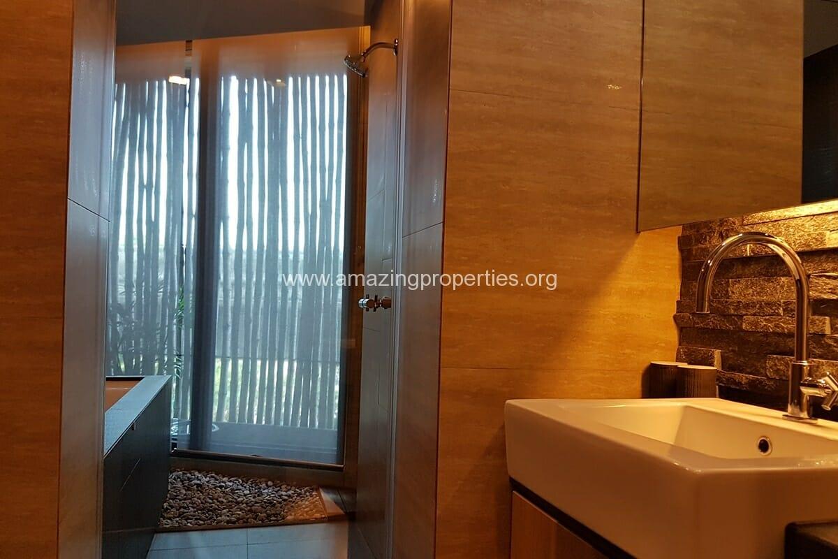 2 Bedroom Apartment Ekkamai-12