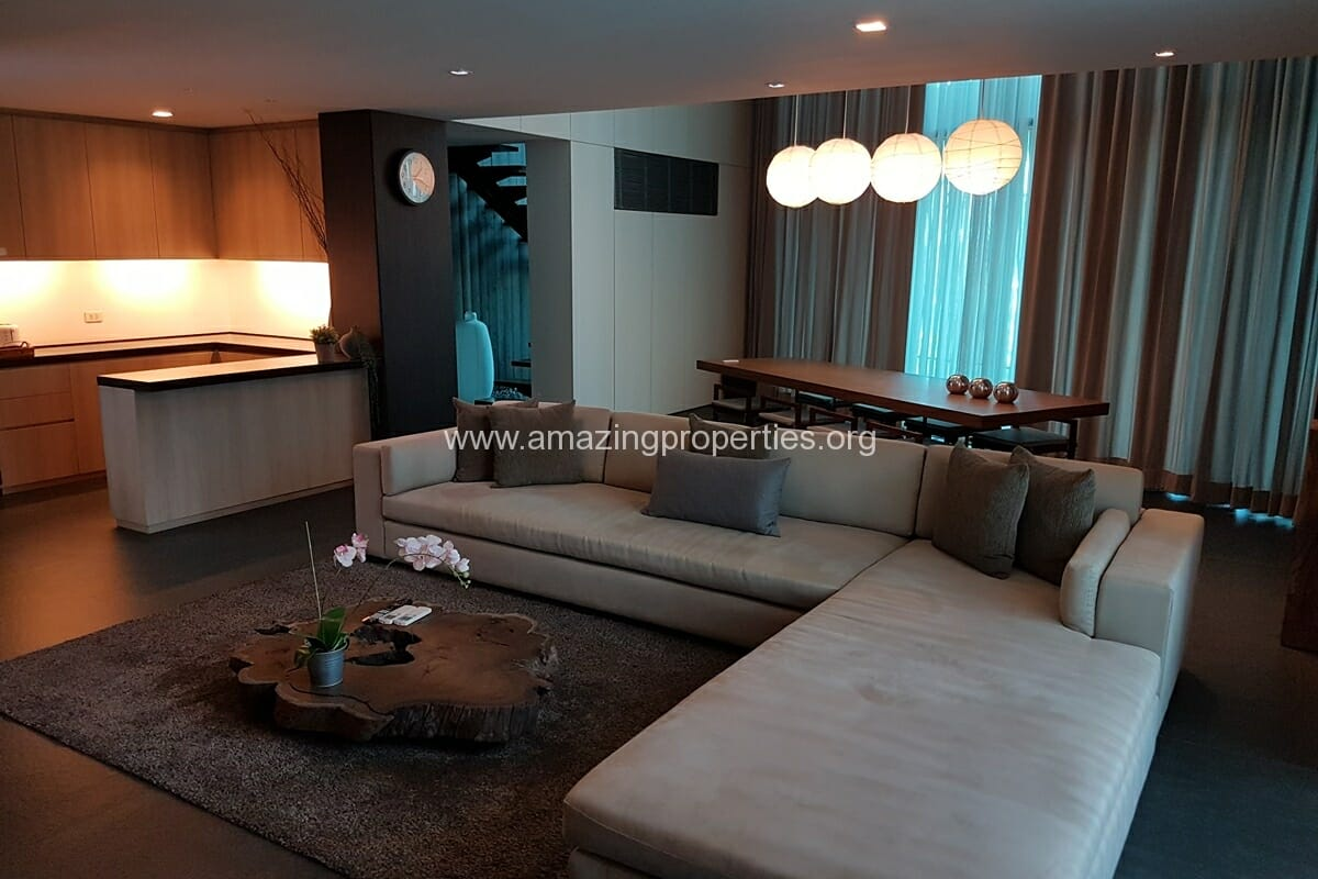 2 Bedroom Duplex Apartment Ekkamai