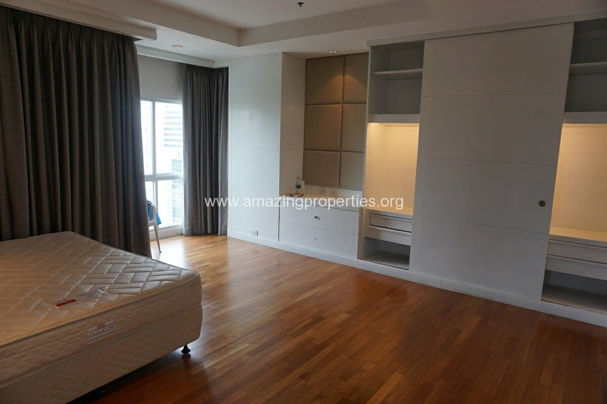 5 Bedroom Penthouse Ploenchit-12