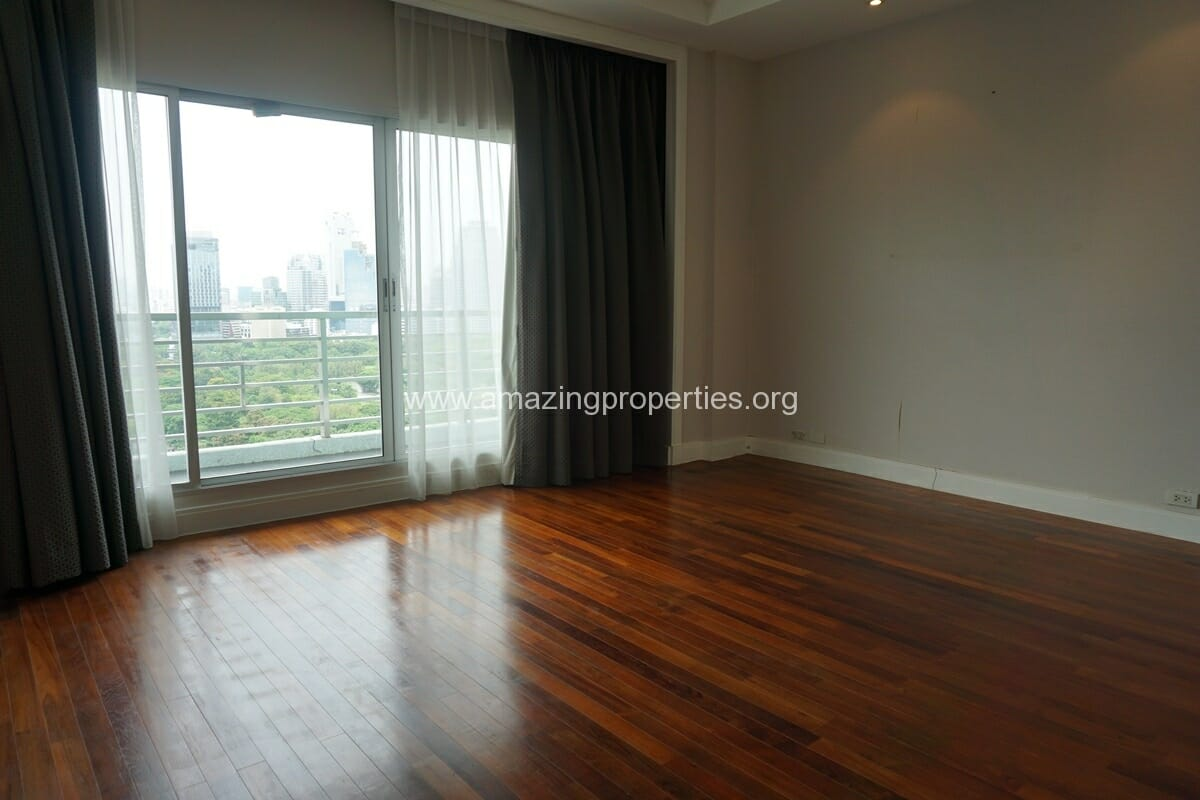 5 Bedroom Penthouse Ploenchit-13