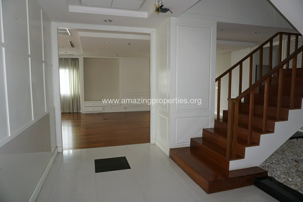 5 Bedroom Penthouse Ploenchit-2
