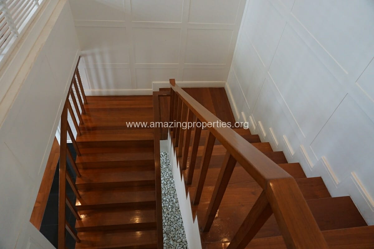 5 Bedroom Penthouse Ploenchit-24