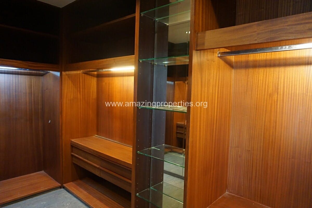 5 Bedroom Penthouse Ploenchit-27