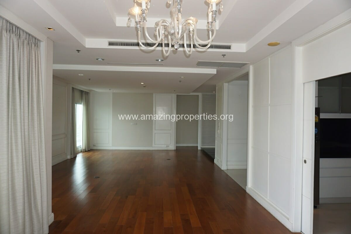 5 Bedroom Penthouse Ploenchit-4
