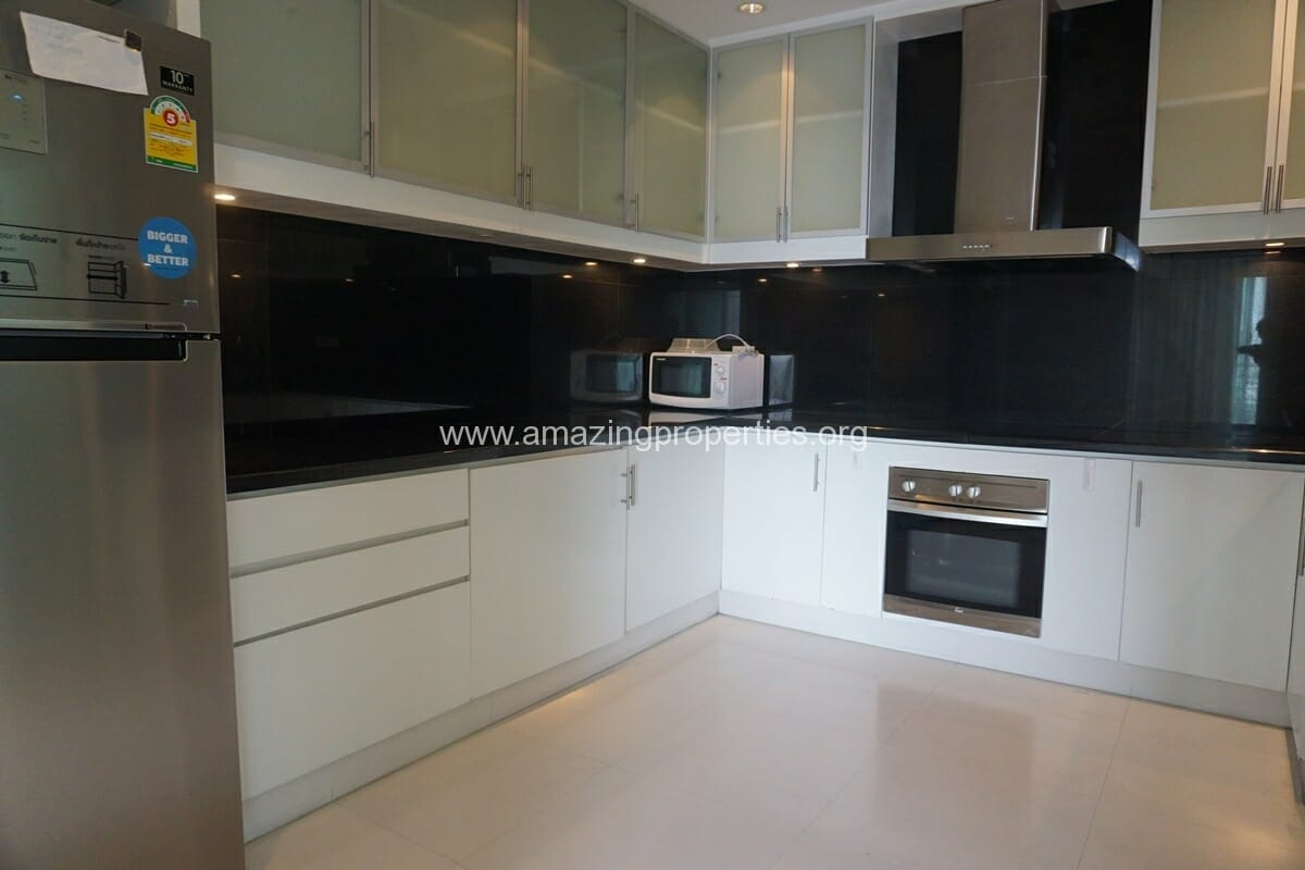 5 Bedroom Penthouse Ploenchit-7