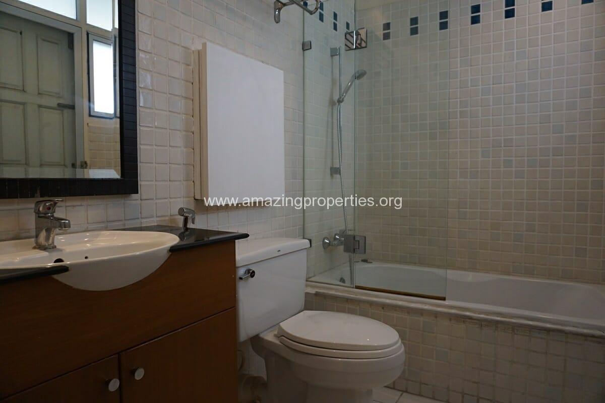 2 Bedroom Apartment for Rent Siri Apartment-9