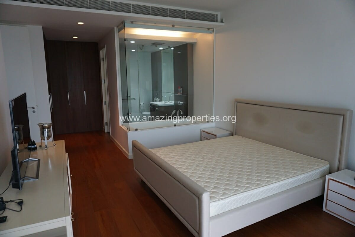 2 Bedroom Condo for Rent 185 Rajadamri-10