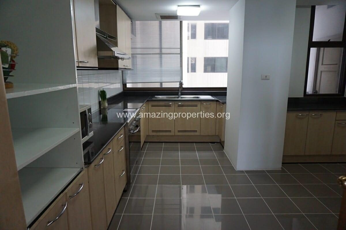 3 Bedroom Condo Ruamsuk Condominium-10