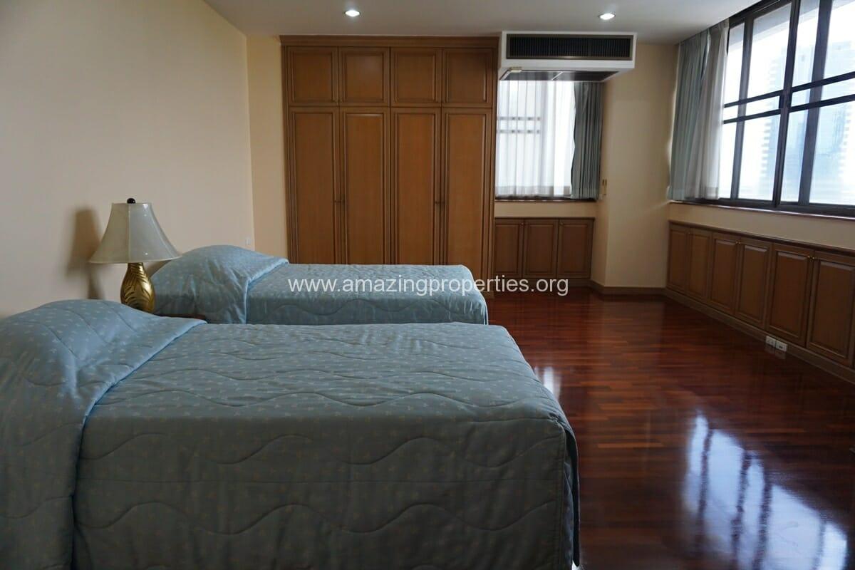 3 Bedroom Condo Ruamsuk Condominium-18