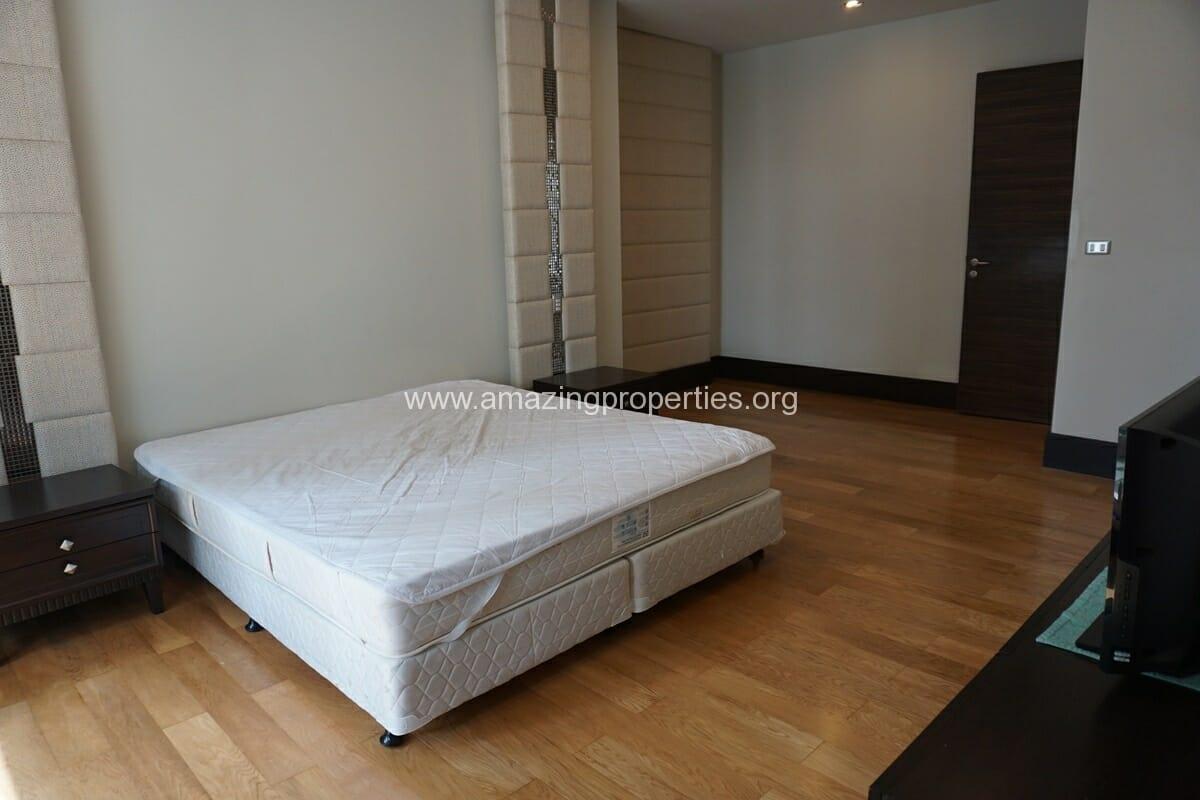 4 Bedroom Condo Ideal 24-19