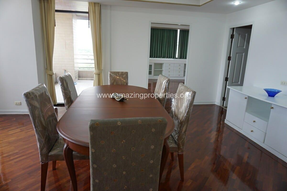 4 Bedroom Condo Ruamsuk Condominium-5