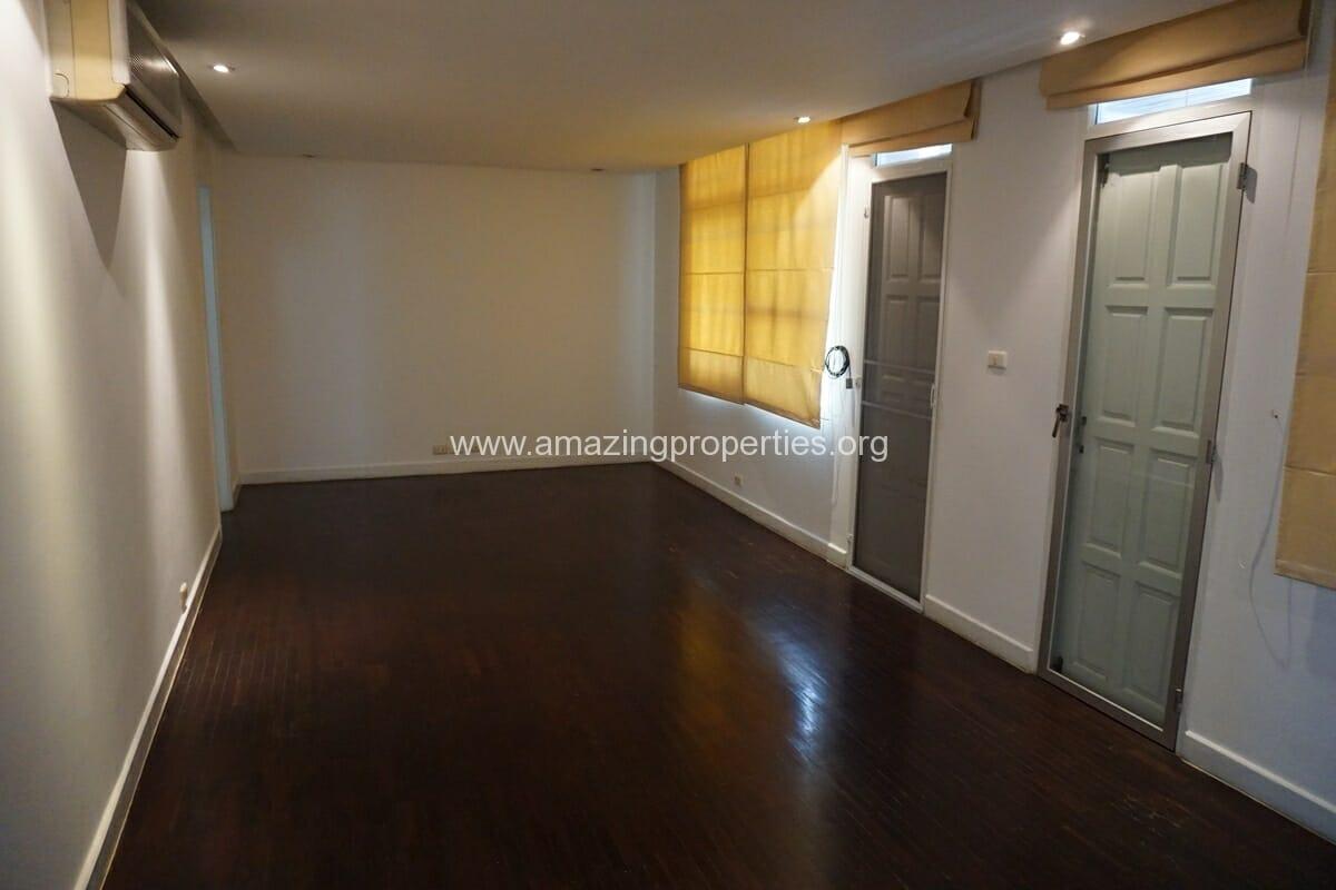 4 Bedroom Penthouse Siri Apartment (20)